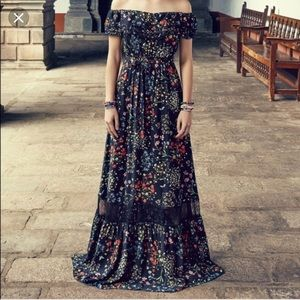 Alice + Olivia Cherrie  maxi dress